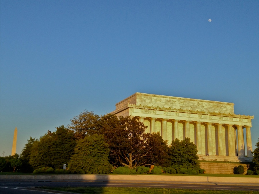 Lincoln Memorial, Washington Monument and the moon