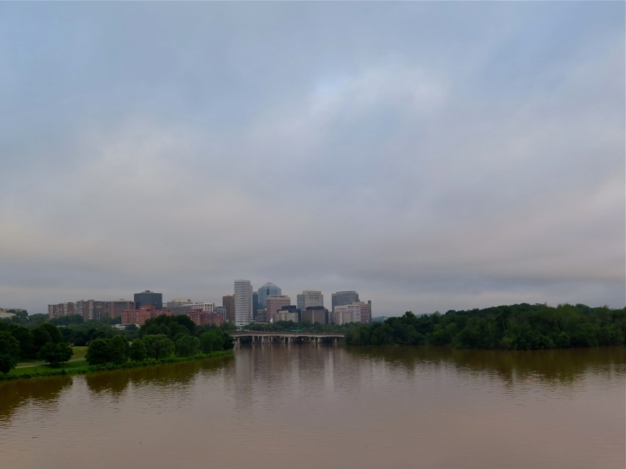 Departing Rosslyn at 6.45am - dirty clouds overhead