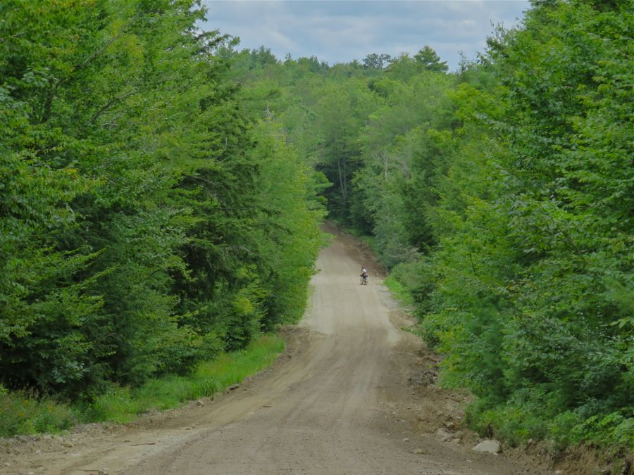 Dirt road, Maine